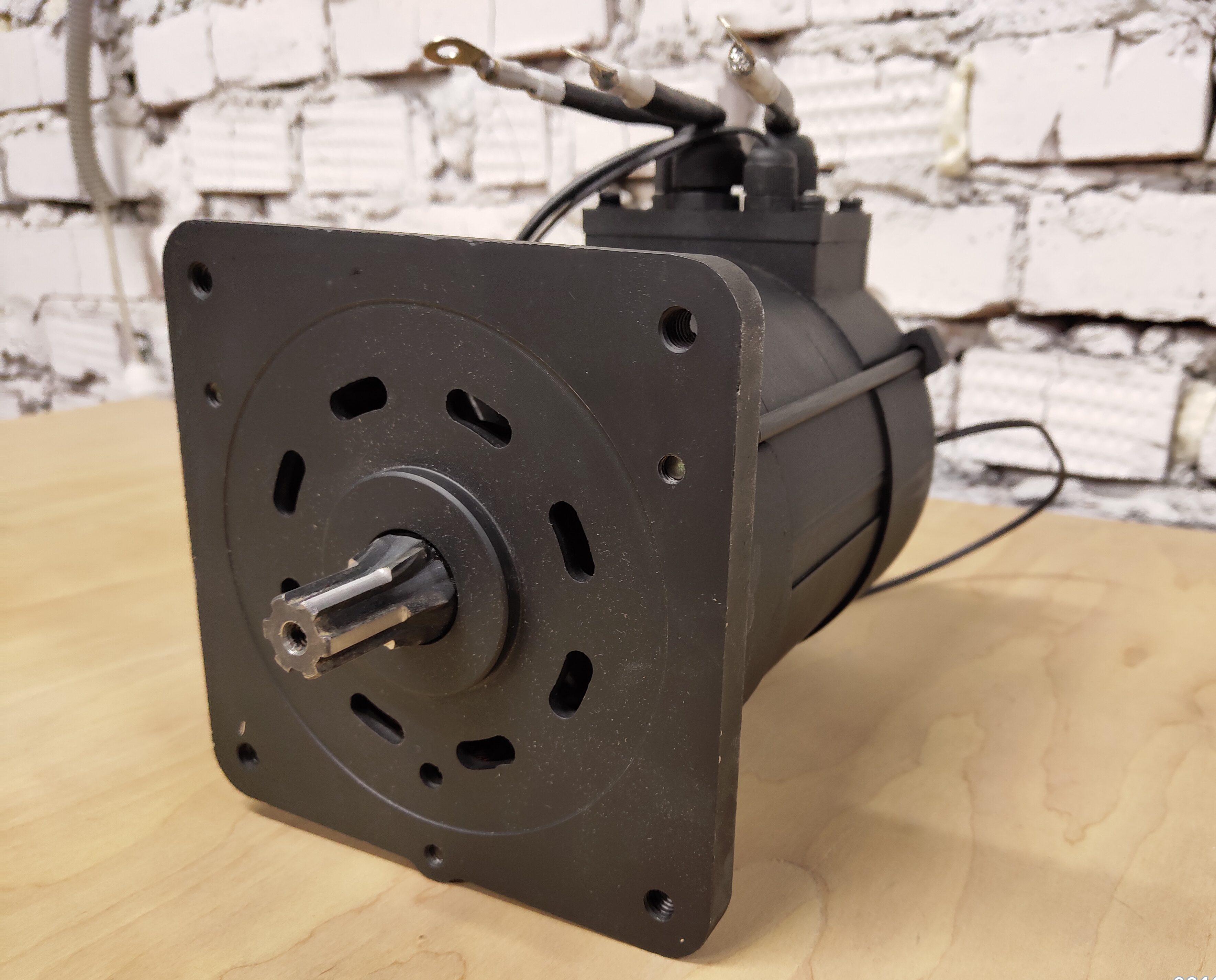 Асинхронный двигатель DA90s Славянка + контроллеры